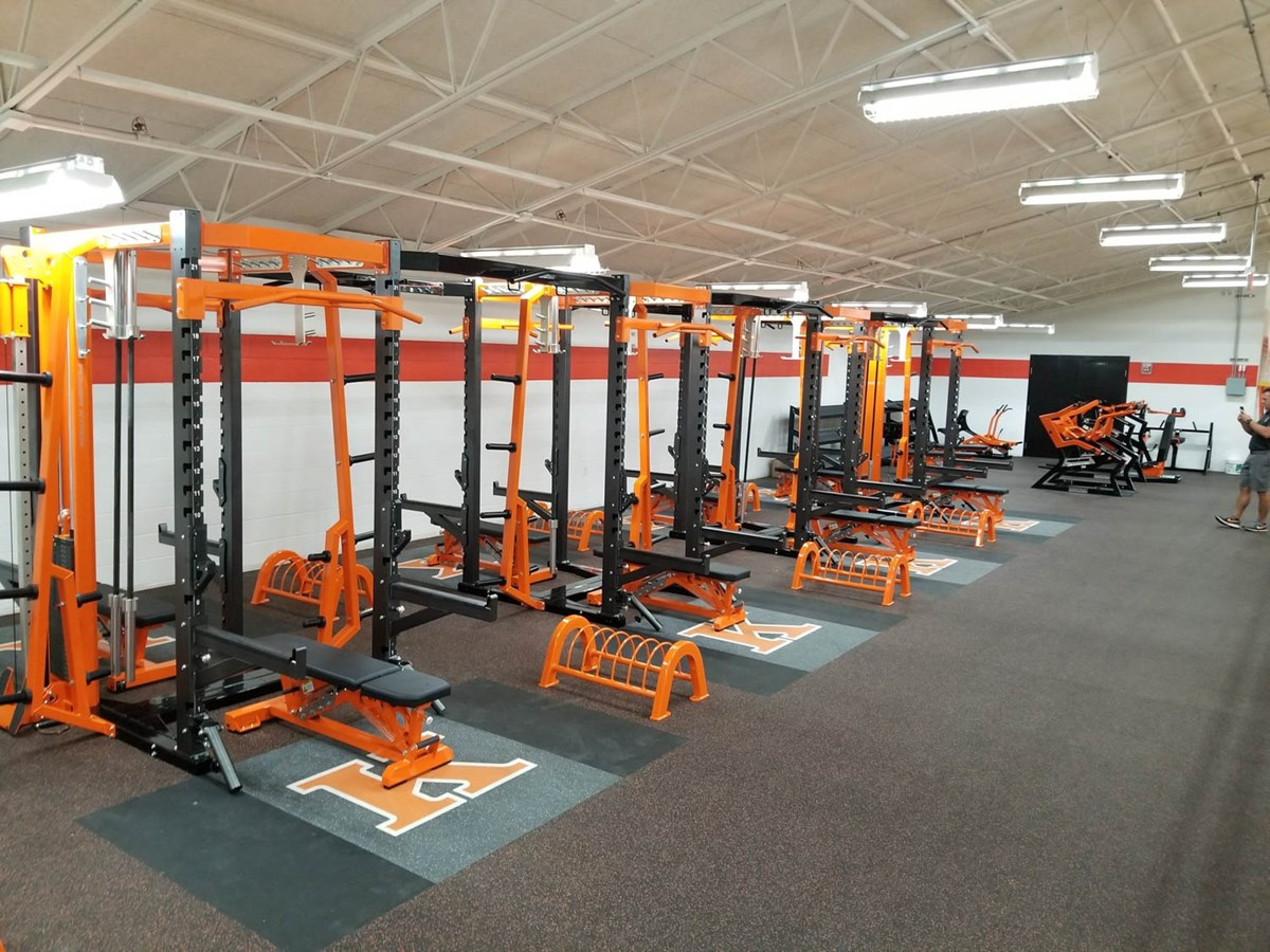 Pendulum Dual Weight Racks at Kingsley High School