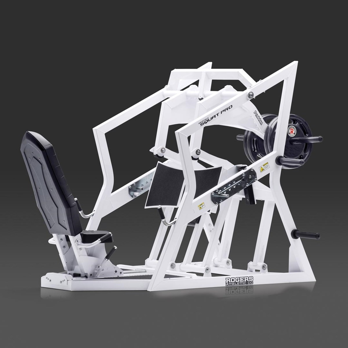 Pendulum Seated Squat Pro